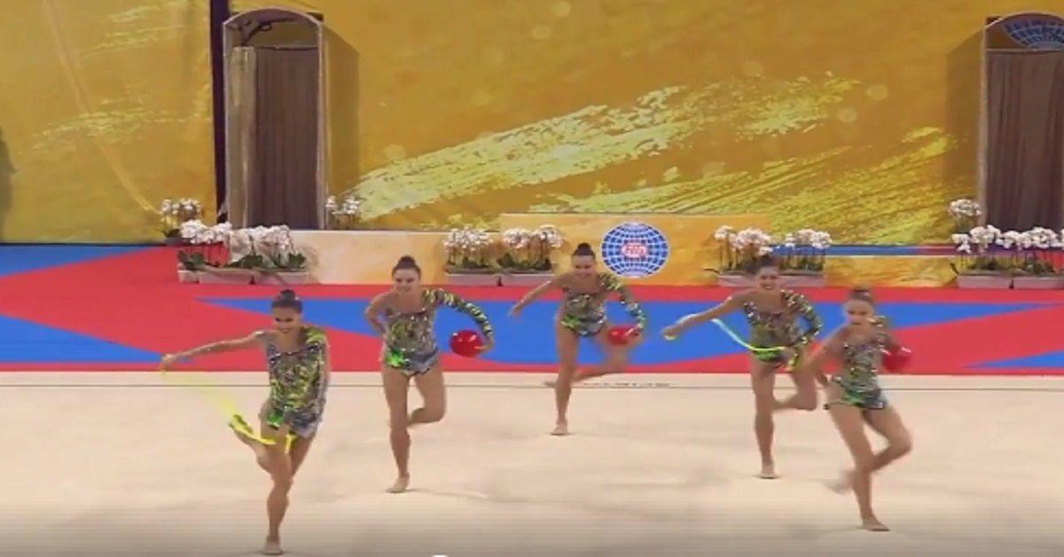 Le ginnaste italiane vincono l'Oro ai Mondiali di ginnastica ritmica, il loro esercizio ha stregato tutti.