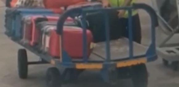 Ecco come spariscono gli oggetti dai bagagli in aereoporto