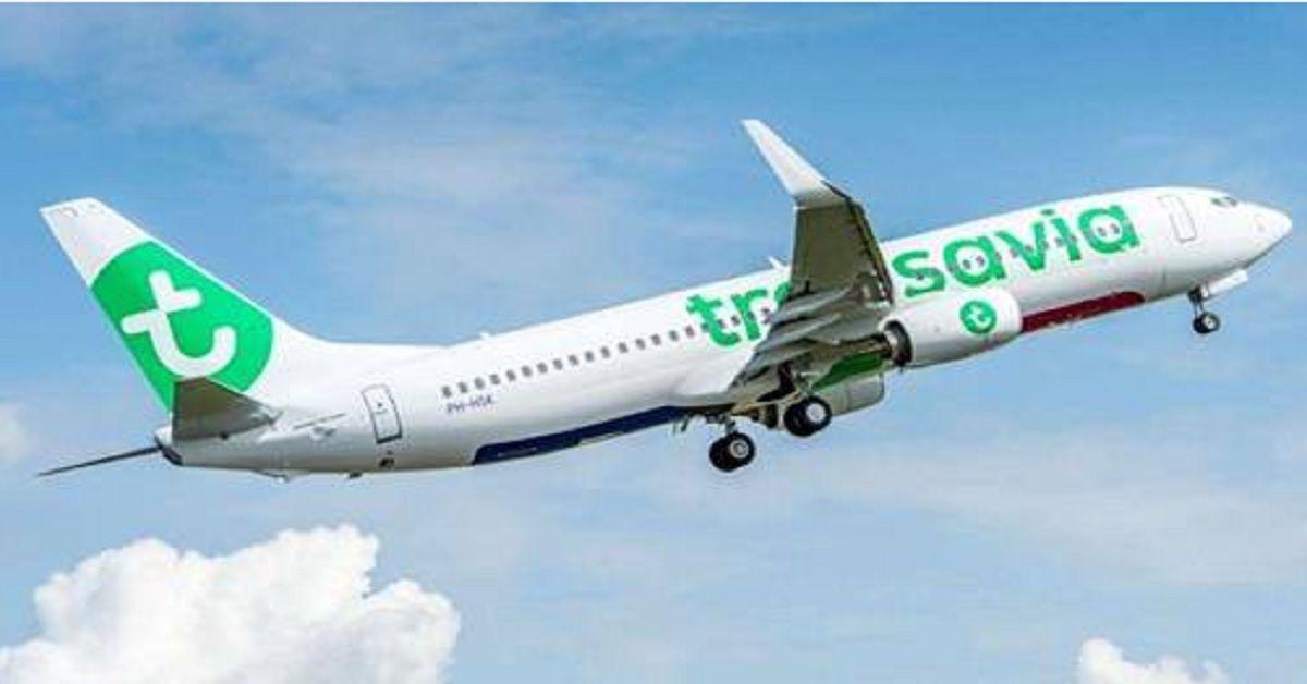 Flatulenze in volo fanno scattare una lite; Atterraggio d'emergenza a Vienna per l'aereo