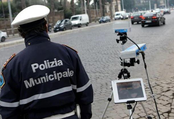 AUTOVELOX: buone notizie per gli automobilisti italiani. Ecco quando la multa non è valida.