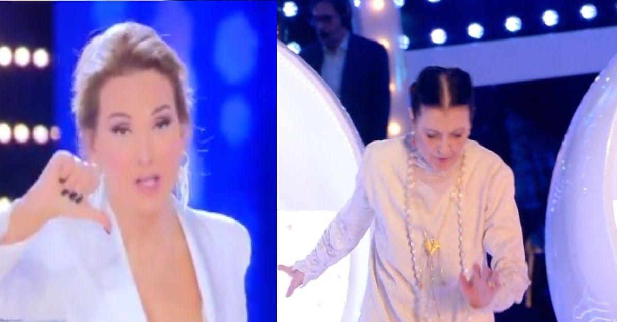 """Carla Fracci inciampa in diretta, tra un """"oplà"""" di Albano e un """"oh attenzione"""" della D'Urso,"""