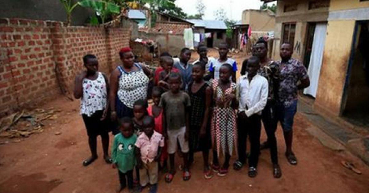 Mamma di 39 anni a causa di una rara condizione genetica ha avuto 38 figli