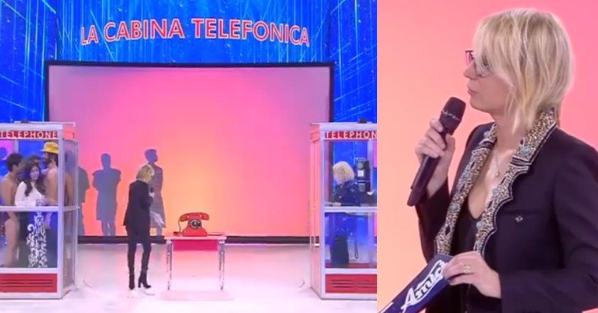 Maria De Filippi presenta Mark Caltagirone in studio. La frecciatina della conduttrice alle sue colleghe.