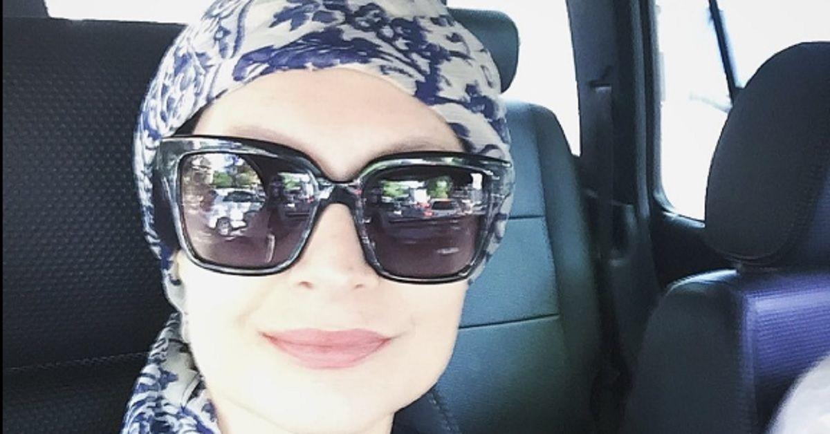 """L'attrice Sabrina Paravicini di un """"medico in famiglia"""" è stata insultata per aver scelto di fare la chemio."""