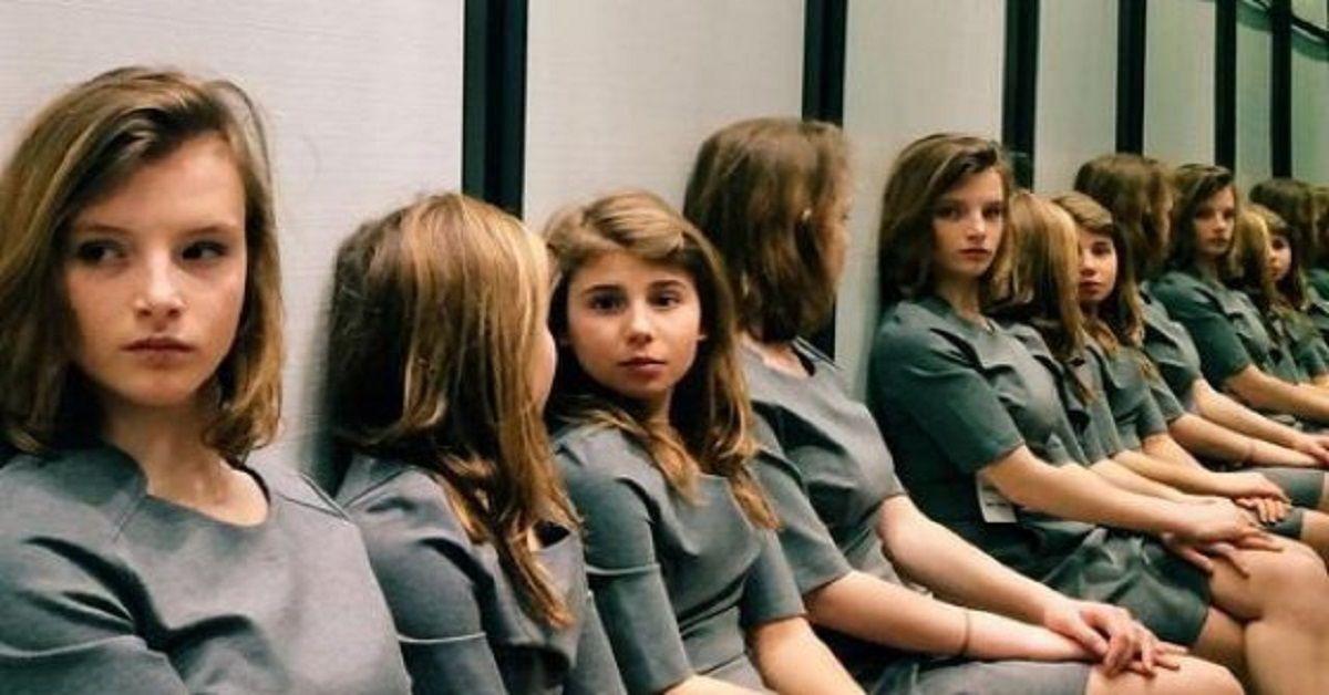 Riesci a contare quante ragazze appaiono in questa foto?