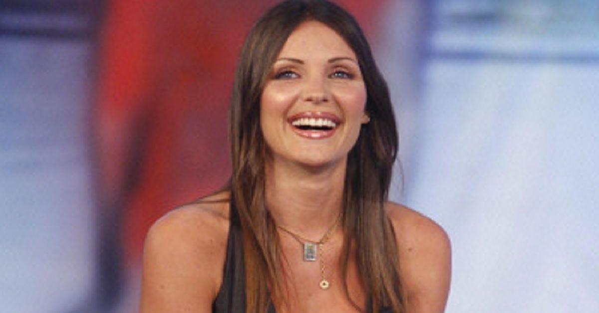 """Ricordate Carla Velli la scelta di Francesco Arca a """"Uomini e Donne""""?  Oggi a distanza di anni lontana dalla tv la ritroviamo così"""