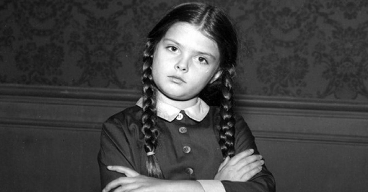 Ricordate Mercoledi della Famiglia Addams, a distanza di 55 anni della serie tv, ecco com'è l'attrice Lisa Loring