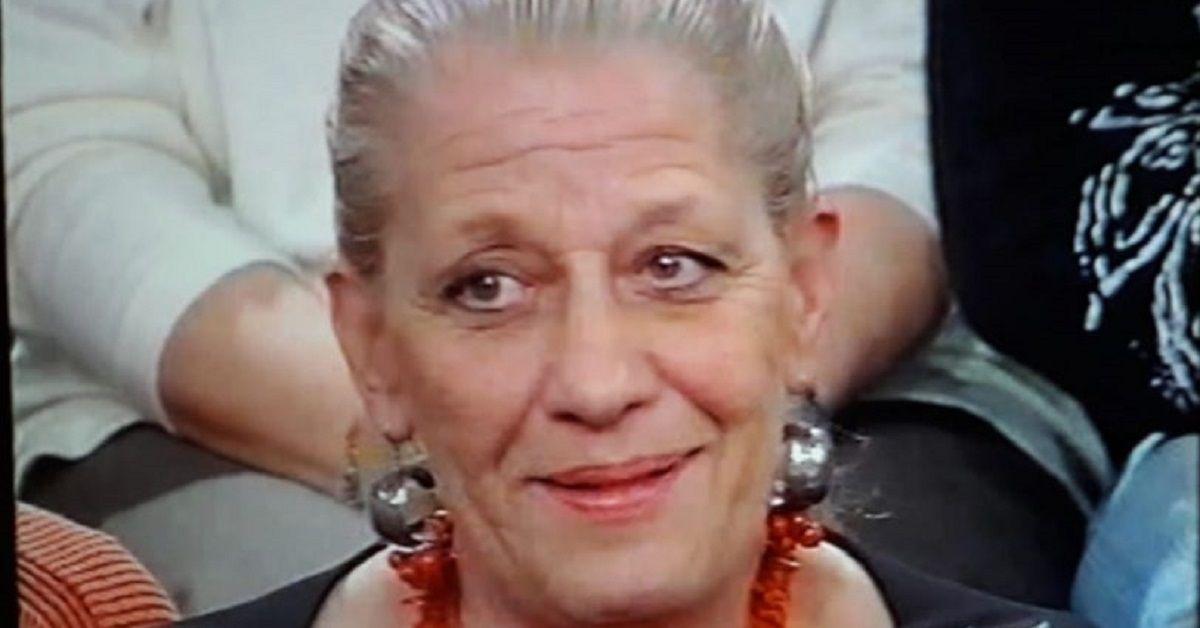 Ricordate la professoressa del pubblico parlante di Amici di Maria De Filippi? Ecco oggi cosa fa e come la ritroviamo