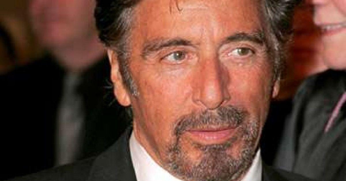 Al Pacino l'attore visibilmente cambiato per via dell'età, a 79 ha una fidanzata di 39 anni più giovane. Eccoli alla prima del film insieme alla figlia.