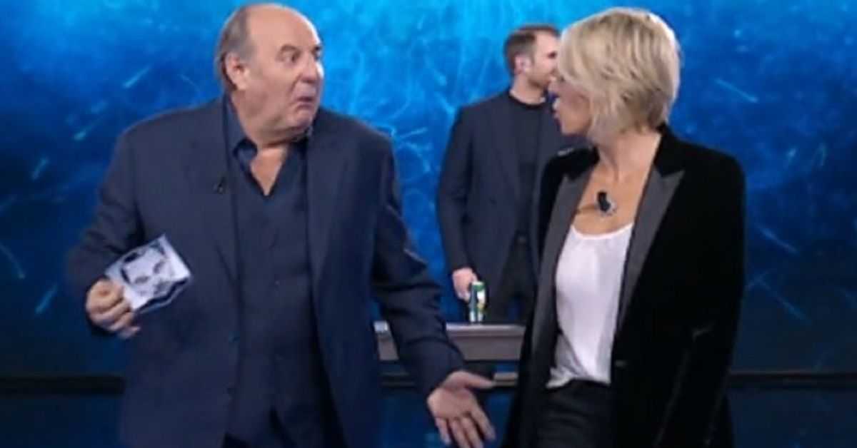 Tu sei que vales Gerry e Maria restano meravigliati dalla performance del concorrente. Ecco cosa ha fatto Richard Jones