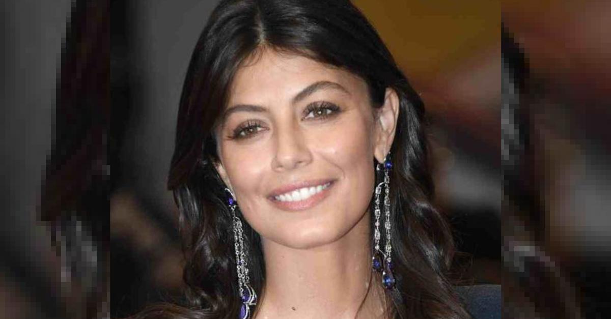 Avete mai visto la sorella di Alessandra Mastronardi? Davvero bella, si chiama Gabriella. FOTO