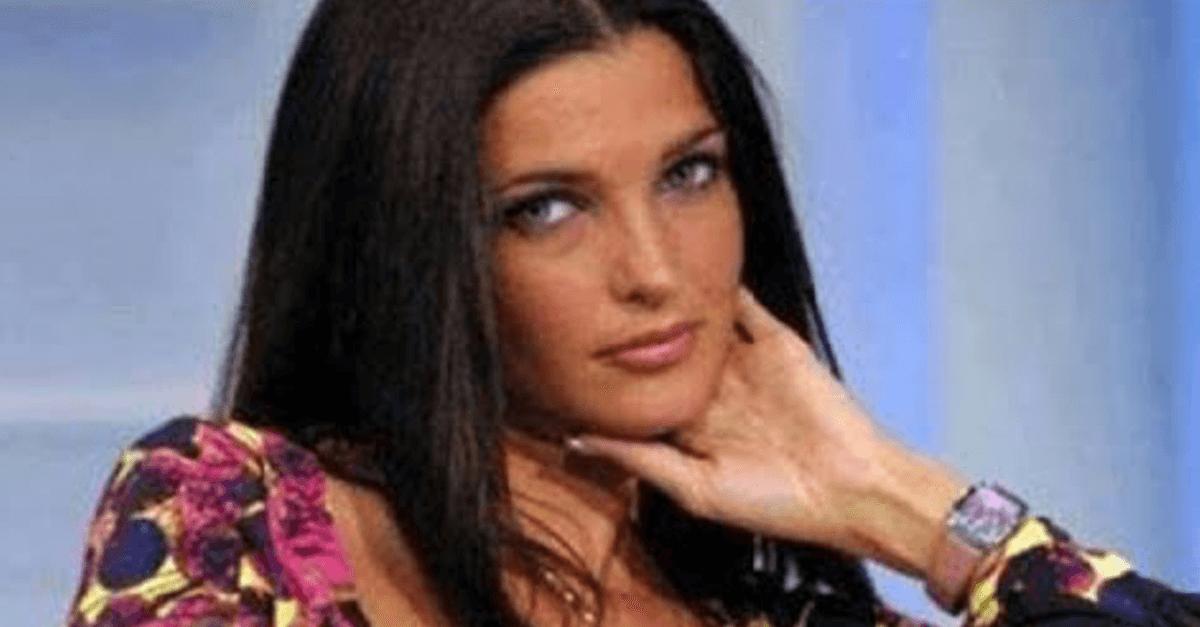 Avete mai visto il marito di Alessia Merz? Lui è un ex calciatore e i due sono sposati dal 2006. Ecco chi è