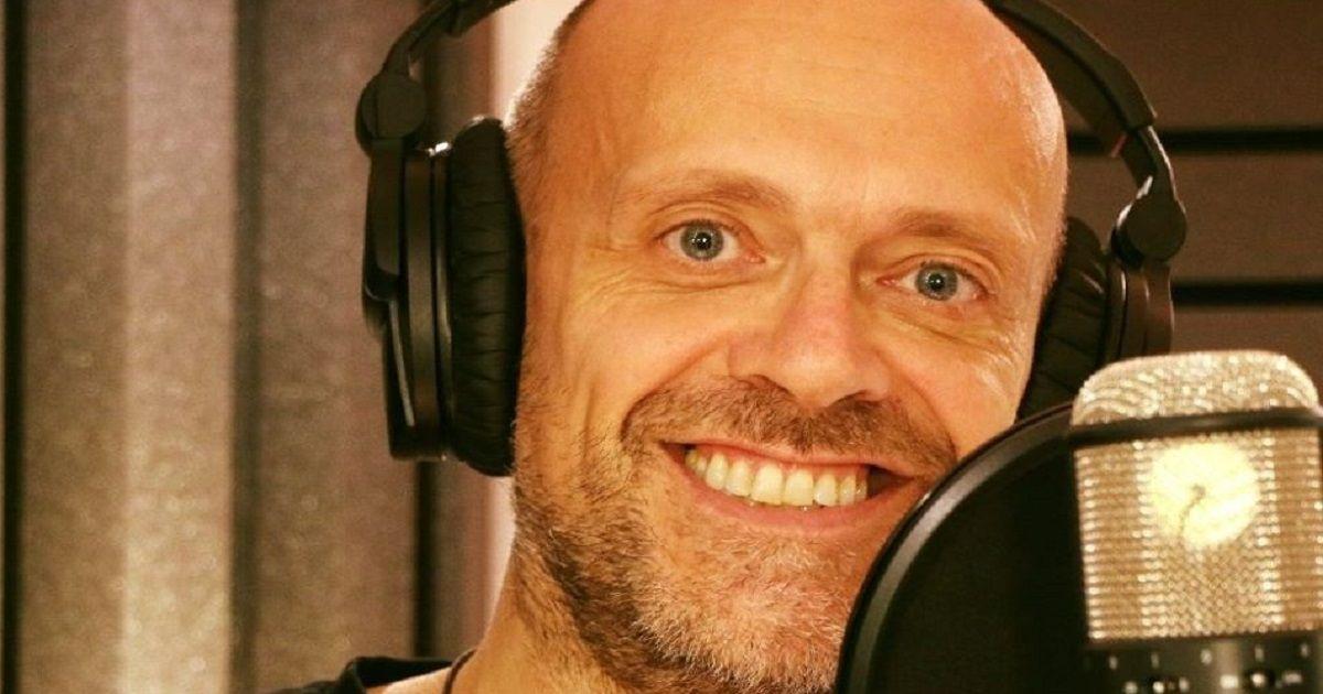Avete mai visto il figlio di Max Pezzali? Ha i suoi stessi occhi e compare in alcuni dei suoi videoclip.