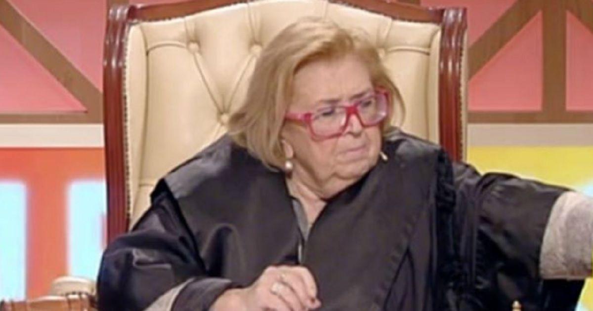 La vediamo sempre a Forum, ma in questi giorni la giudice Melita Cavallo è diventata protagonista sui social per via di un video virale esilarante. Eccolo.