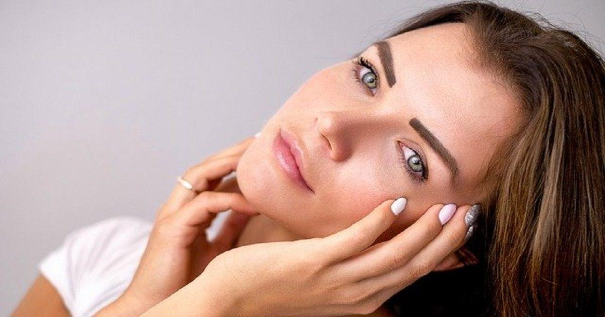 Trucchi naturali, economici ed efficaci per mantenere la pelle sana. Ecco percè è importante struccarsi