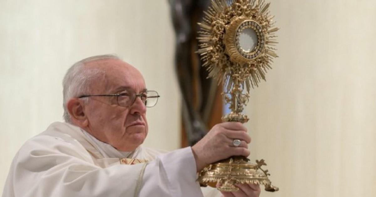 La Benedizione di Papa Francesco del 27 marzo alle ore 18 è un atto unico nella storia, senza precedenti. Ecco perchè