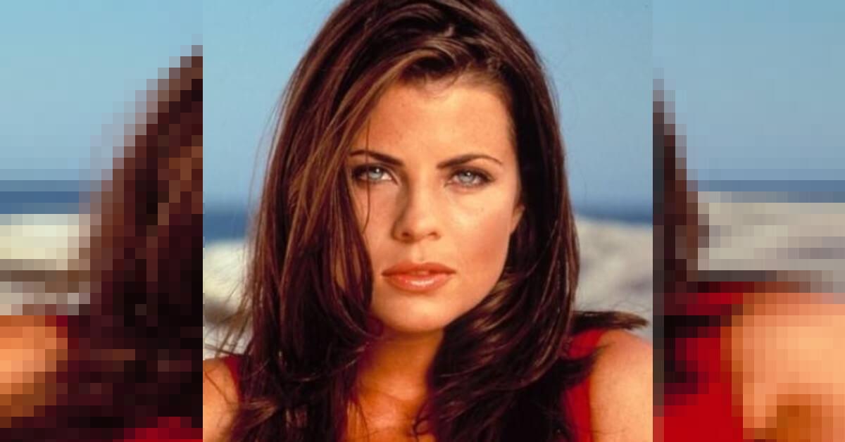 Ricodate la bella attrice mora di Baywatch? A distanza di 30 anni è completamente irriconoscibile – FOTO