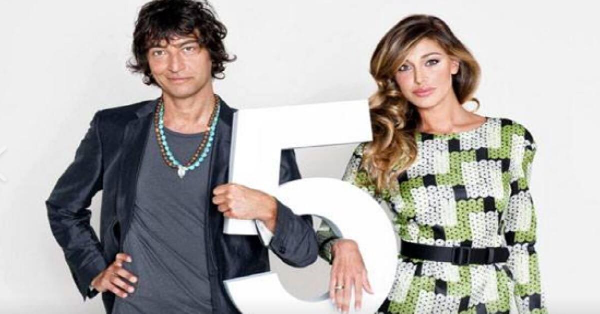 Ricordate Simone Annichiarico? Era al fianco di Belen ad Italia's got talent. Ecco perchè non lo abbiamo più visto in tv.