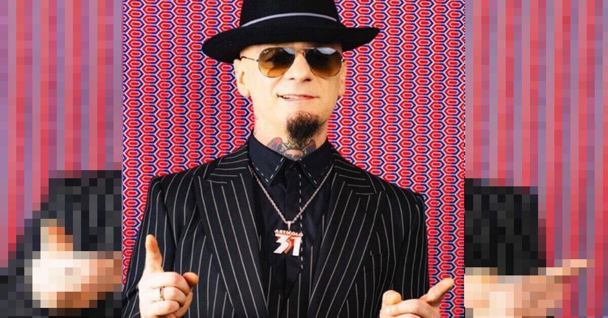 Avete mai visto il fratello di J Ax? Anche lui è un rapper ed è abbastanza famoso.