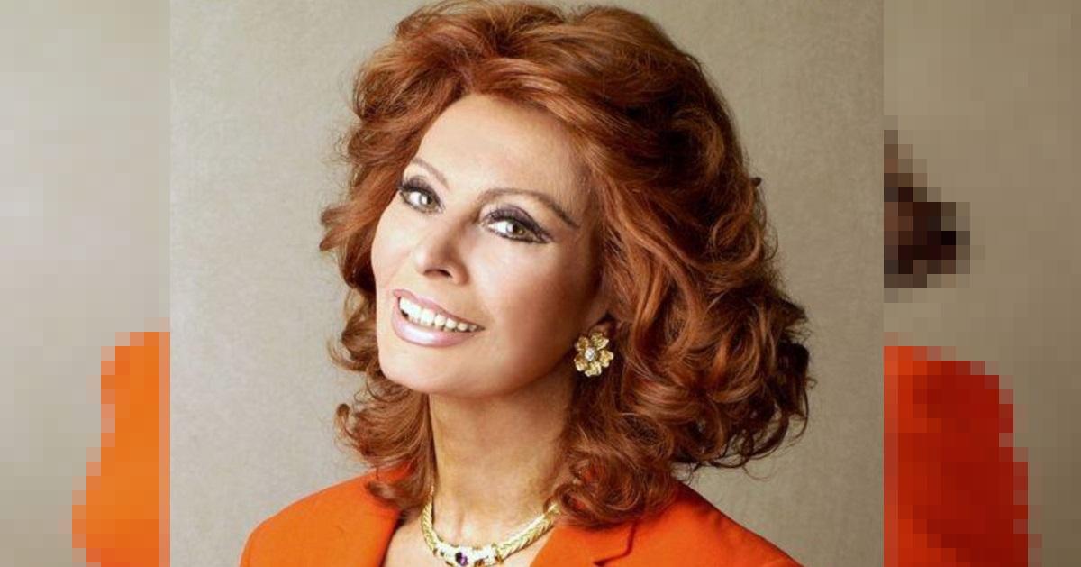 Sophia Loren, il suo primo figlio Carlo Ponti Jr è un noto direttore d'orchestra. Eccolo insieme alla mamma.