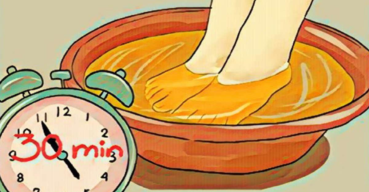 Questo è quello che accade al tuo corpo immergendo i piedi nell'aceto una volta alla settimana