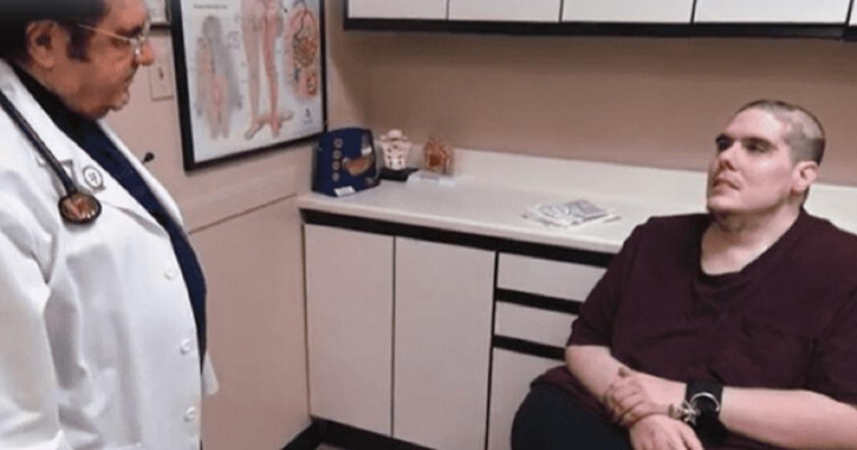 Steven Assanti torna a Vite al limite dal dottor Now che si preoccupa a causa della sua terribile puzza.