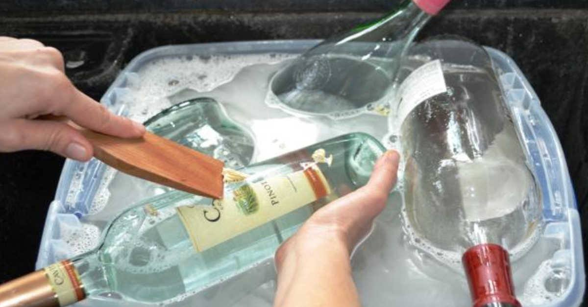 Ti insegniamo cosa puoi fare con tutte le bottiglie di vetro invece di buttarle via