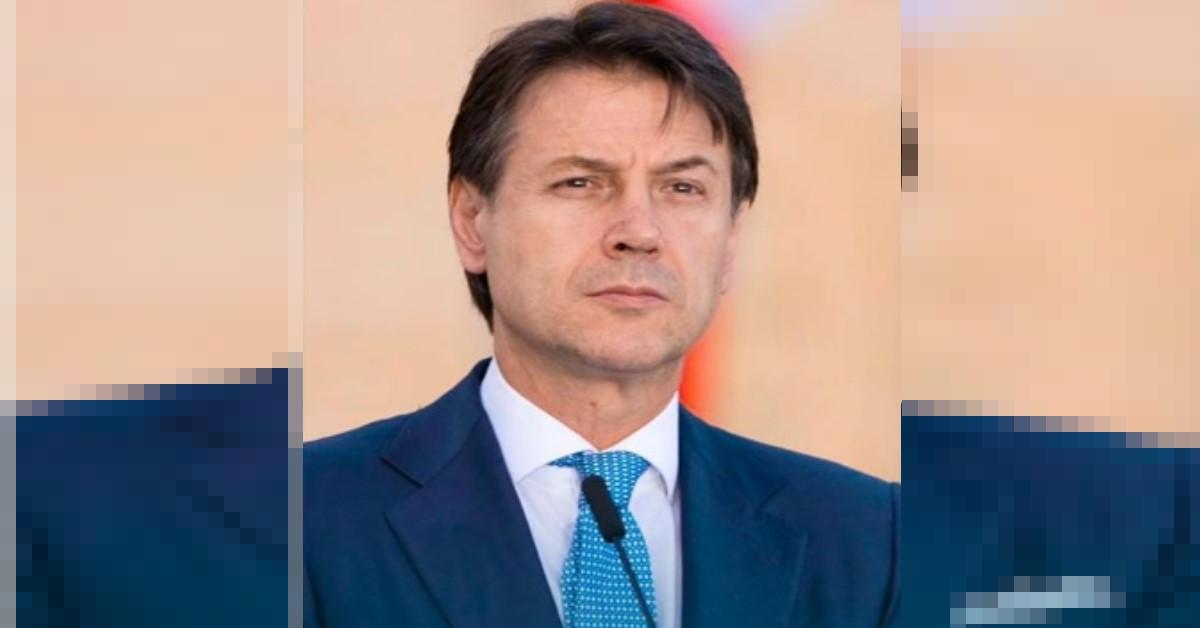 Sapete chi taglia i capelli al Premier Giuseppe Conte in questo periodo? E' lui a svelare l'inaspettato retroscena