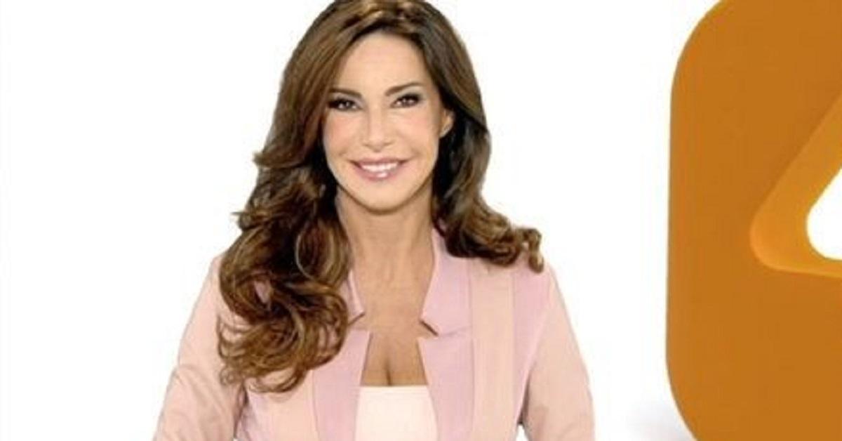 Ricordate Emanuela Folliero? E' stata per anni l'annunciatrice di rete 4. Ecco oggi cosa fa.
