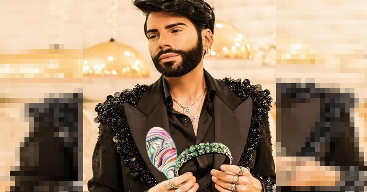 Il parrucchiere delle Vip Federico Fashion Style mostra come si sta preparando per la riapertura.