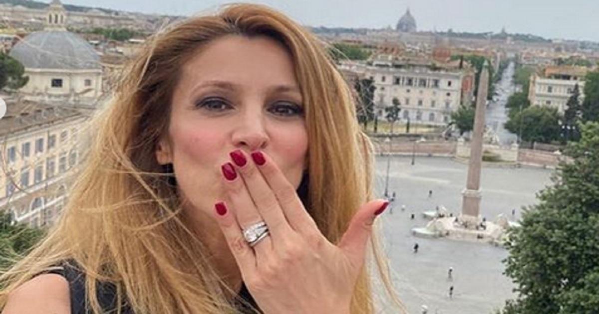 Adriana Volpe emozionata condivide il particolare momento con i suoi follower. Ecco cosa è accaduto