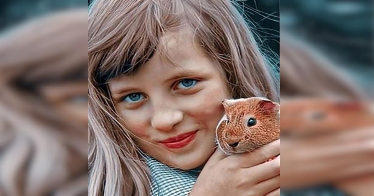 Lady Diana da piccola è uguale alla piccola Charlotte, la foto confronto stupisce tutti. Sono Identiche!