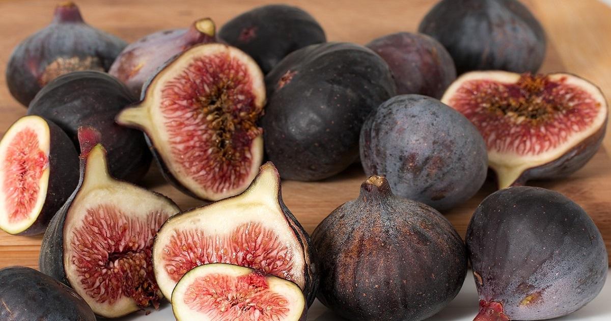 Sapete che il fico non è un frutto? e sapete cosa contiene all'interno? Probabilmente la spiegazione non piacerà ai vegetariani.
