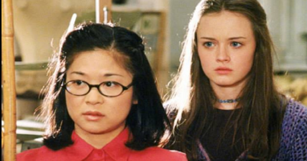 """L'attrice di Lane in """"una mamma per amica"""" era ben 10 anni più grande di Rory. Ecco oggi come ritroviamo Keiko Agena a 47 anni"""