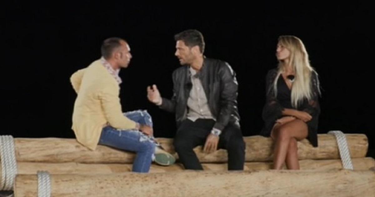 Temptation Island: Falò acceso tra Valeria e Ciavy Filippo Bisciglia costretto a intervenire. Ecco cosa è successo