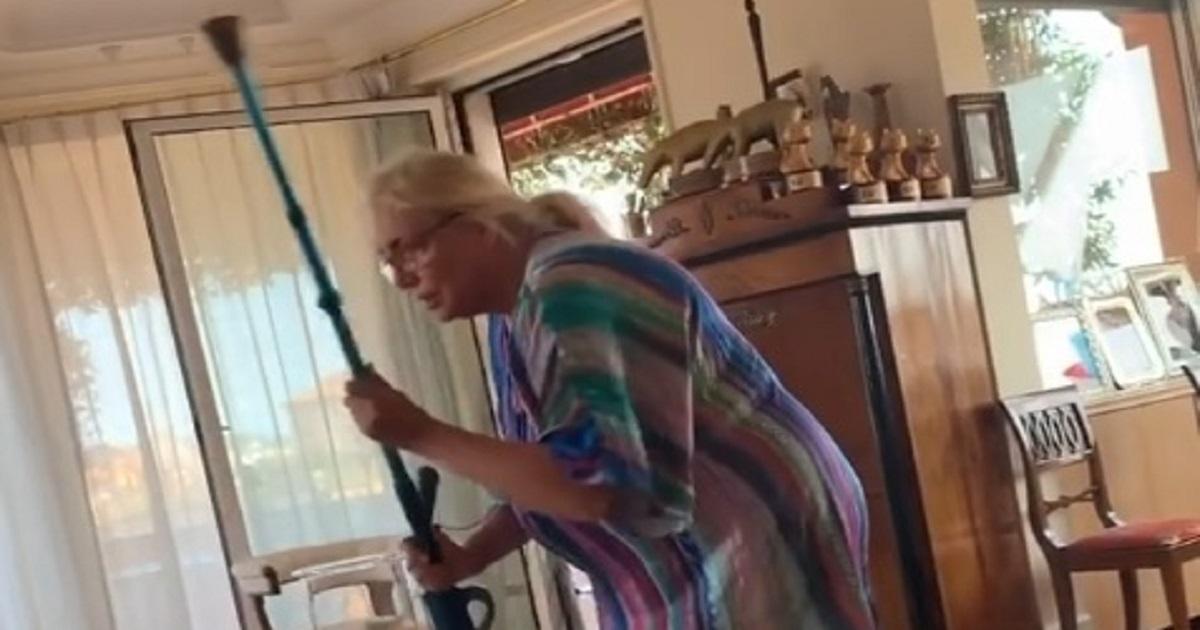 """Mara sbotta contro il marito """"Sei un …"""" Ecco questa volta cosa ha combinato. VIDEO"""