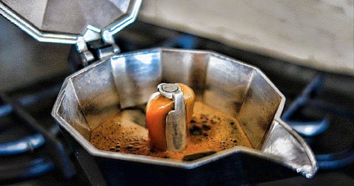 5 consigli indispensabili per preparare un perfetto caffè con la moka: cosa fare