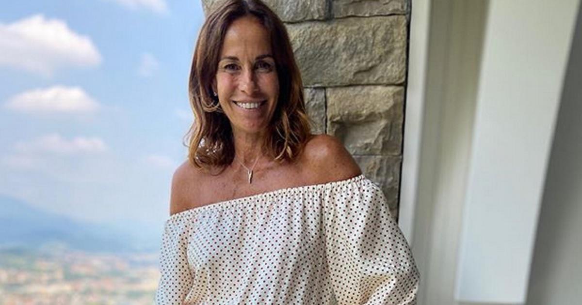 Mai vista la signora Laura, la mamma di Cristina Parodi? Eccole in una foto insieme in occasione del suo compleanno, che somiglianza.