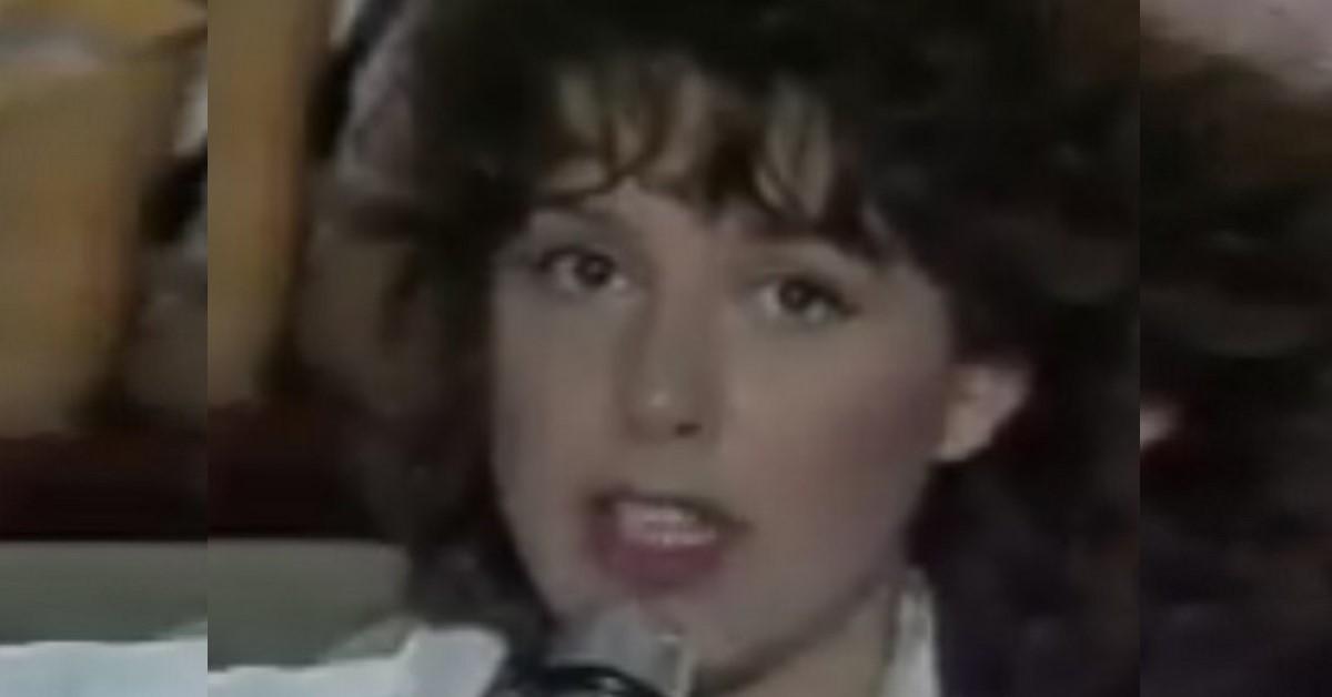 Qui aveva solo 18 anni, nell'ultimo anno l'abbiamo vista spesso in alcuni programmi di  Maria De Filippi. L'Avete riconosciuta?