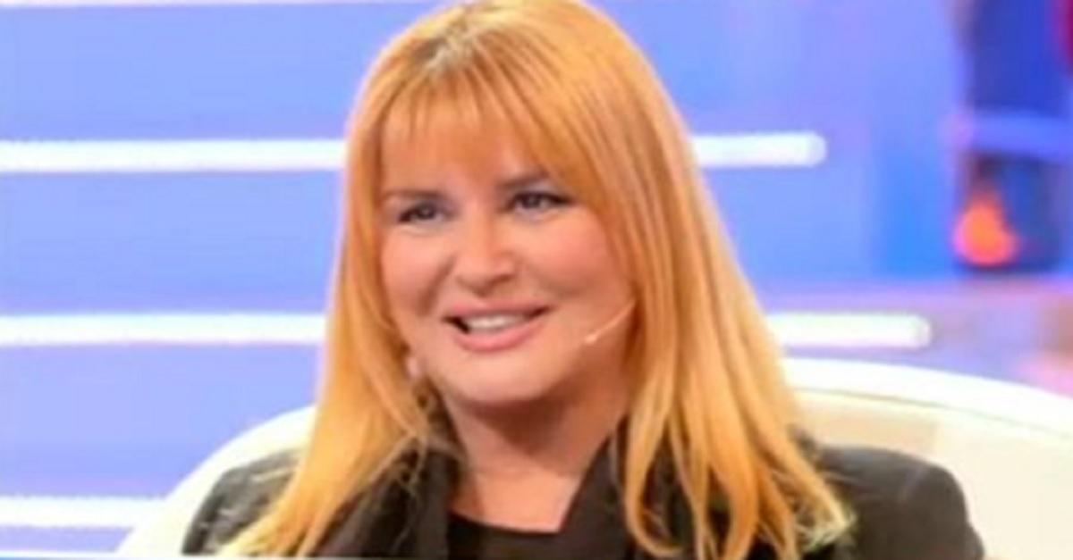 Ricordate Daniela Rosati ex conduttrice tv ed ex moglie di Galliani? Oggi a 62 anni la sua vita è totalmente cambiata.