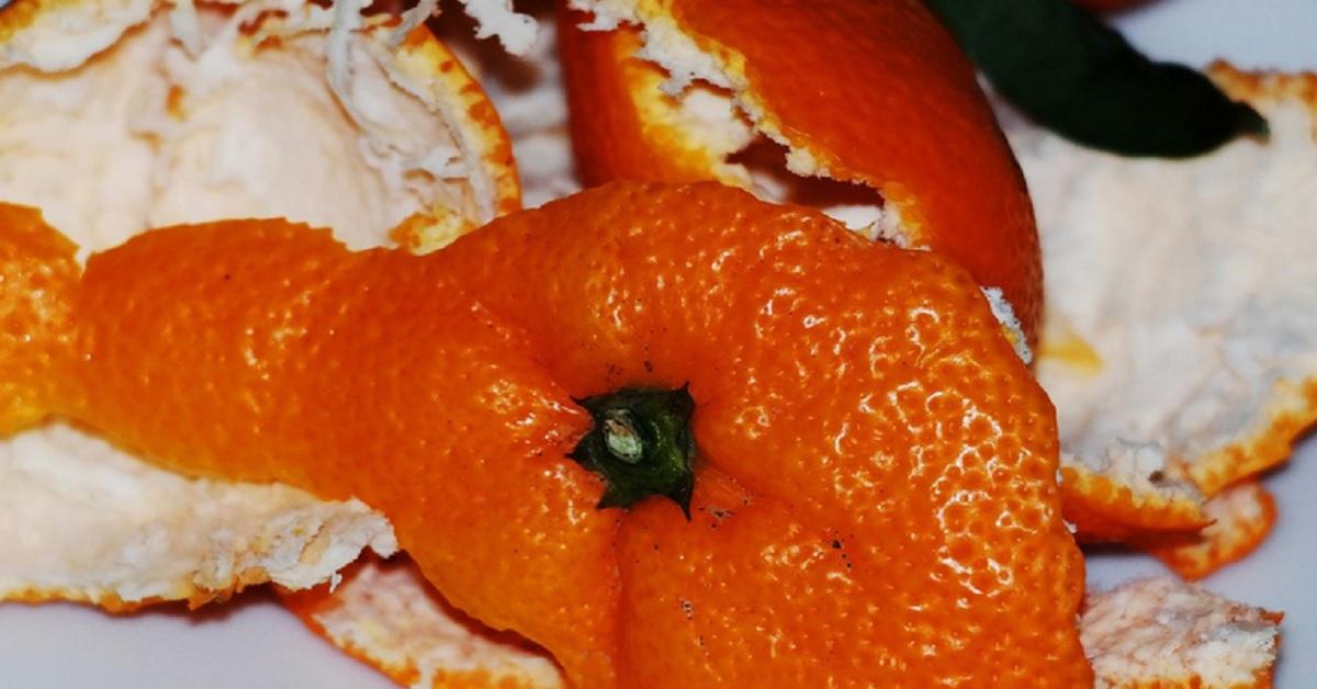 Come usare la buccia d'arancia a casa. Adesso eviterai di buttarla