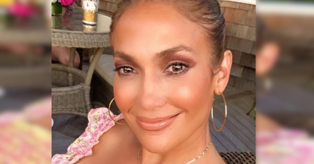 Avete mai visto la sorella di Jennifer Lopez? E' una giornalista molto conosciuta a New York