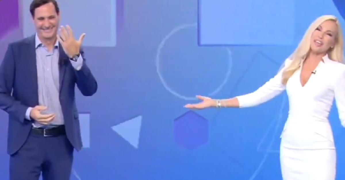 Il giornalista di Mattino 5 mostra la fede in diretta tv,  matrimonio estivo per Francesco Vecchi, ecco chi è la moglie
