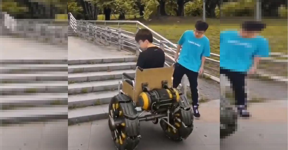 Il ragazzo con una sedia a rotelle sorprendente, ecco cosa accade davanti ad una rampa di scale [VIDEO]