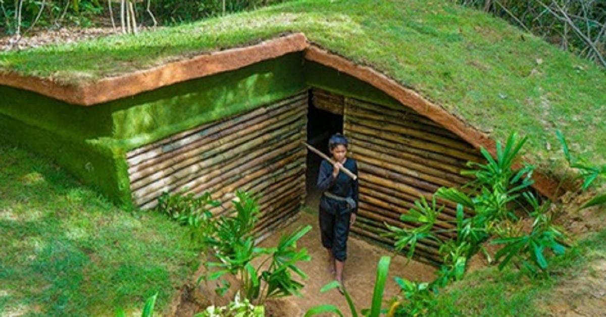 Donna costruisce una casa sotterranea con semplici attrezzi e posta i video su Youtube