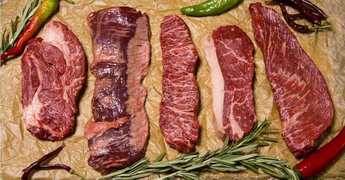 Si deve lavare la carne rossa prima di cucinarla? Fate attenzione, ecco cosa c'è da sapere!