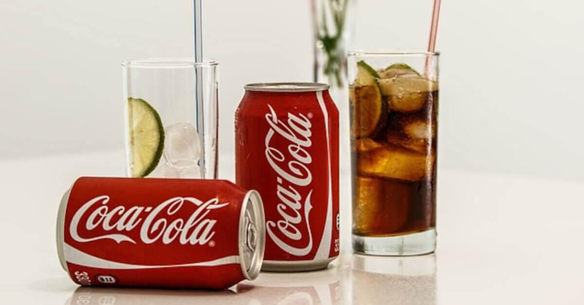 5 trucchetti per pulire la casa con la Coca Cola che non conoscevi