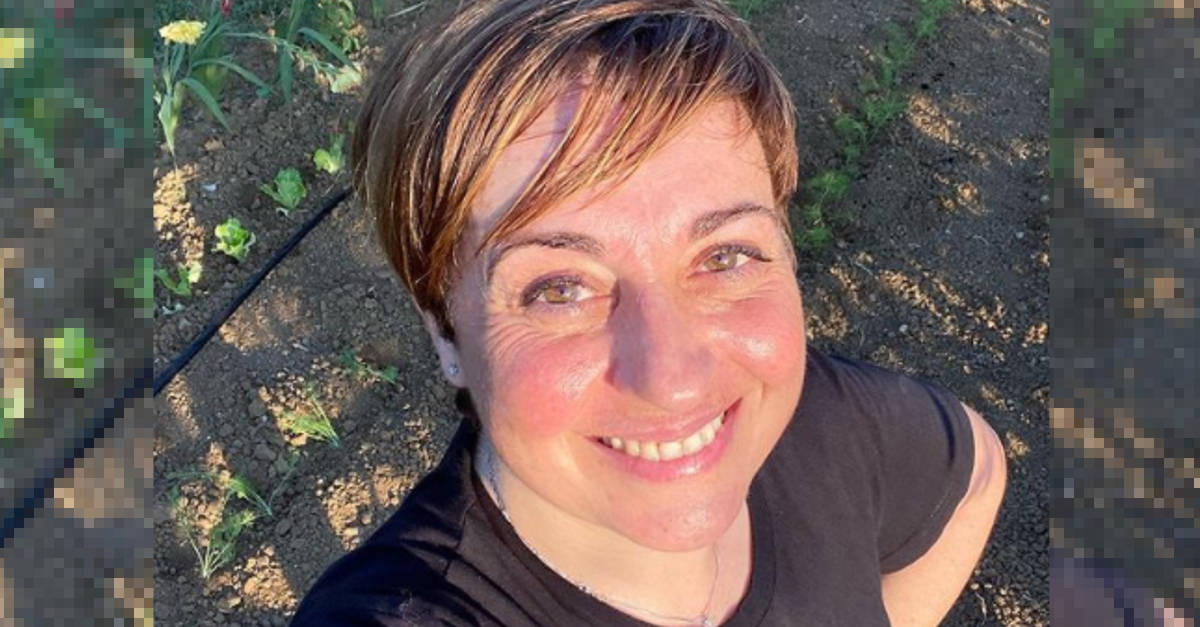 Avete mai visto la mamma di Benedetta Rossi? Sono due gocce d'acqua.