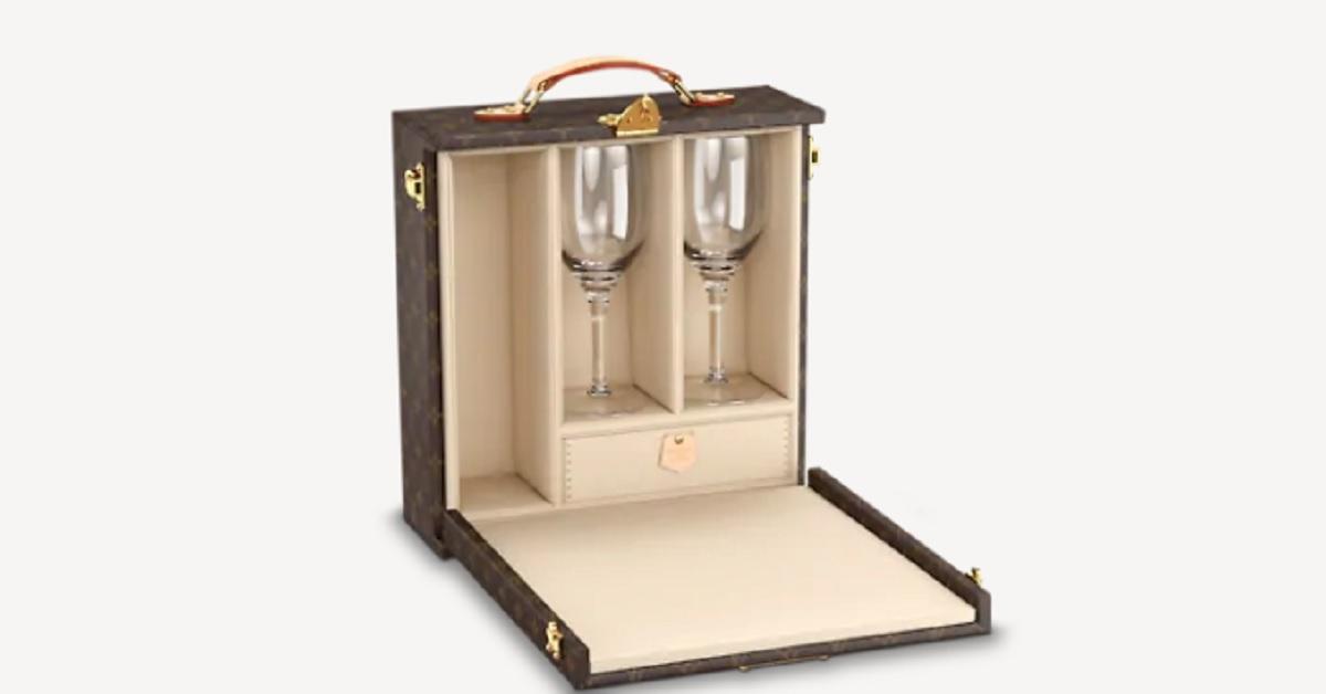 Louis Vuitton, ecco il set extra lusso per gli amanti del vino. Il suo prezzo è davvero incredibile