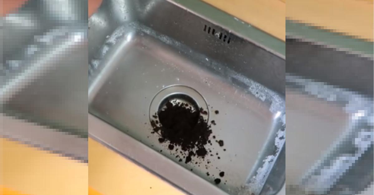 Utilissimo trucchetto: metti il  fondo del caffè nel lavello